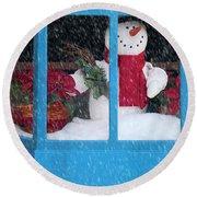 Snowman And Poinsettias - Frosty Christmas Round Beach Towel