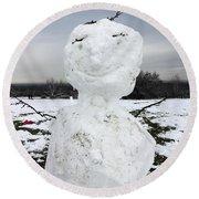 Snowman On Epsom Downs Surrey Uk Round Beach Towel