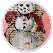 Snowman With Red Hat And Mistletoe Round Beach Towel