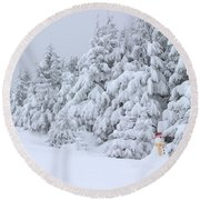 Snowmen In France Round Beach Towel