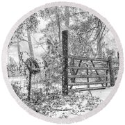 Snowy Cattle Gate Round Beach Towel