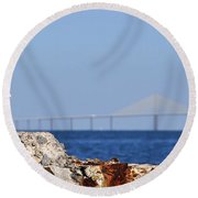 Snowy Egret And Sunshine Skyway Bridge Round Beach Towel