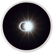 Solar Eclipse, Diamond Ring 2 Round Beach Towel
