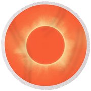 Solar Eclipse In Sunset Color Round Beach Towel
