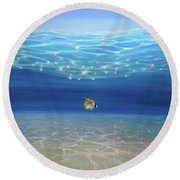 Solo Under The Turquoise Sea Round Beach Towel