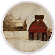 South Dakota Corn Crib Round Beach Towel