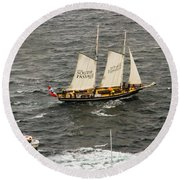South Passage Entering Sydney Round Beach Towel