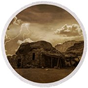 Southwest Navajo Rock House And Lightning  Round Beach Towel