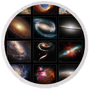 Space Beauties Round Beach Towel