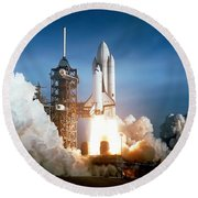 Space Shuttle Columbia - First Launch 1981 Round Beach Towel