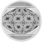 Spinning Globe In Black And White Round Beach Towel