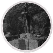Spirit Of The Confederacy Black And White Round Beach Towel