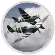 Spitfire Flying Legends Round Beach Towel