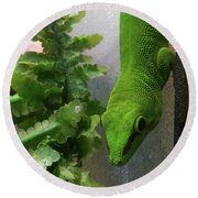 Spotted Gecko Round Beach Towel