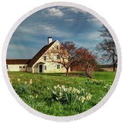 Spring At The Paine House Round Beach Towel