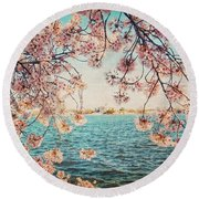 Spring In Dc Round Beach Towel