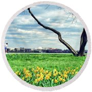 Spring Jog On The Potomac Round Beach Towel