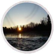 Spring Sunrise Over Mississippi River Round Beach Towel