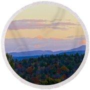 Springfield New Hampshire Mountain Veiw Fall Colors Round Beach Towel