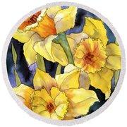Springtime Daffodils Round Beach Towel