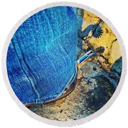 Spur Shadow On Stone Round Beach Towel