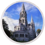 St Finbarrs Cathedral, Cork City, Co Round Beach Towel