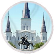 St. Louis Cathedral From Jackson Square Round Beach Towel