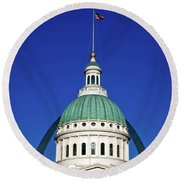 St Louis City Hall With Arch In Background Round Beach Towel