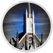 St. Mary In The Mountains Round Beach Towel