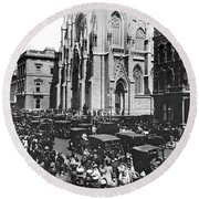 St. Patrick's Cathedral Round Beach Towel
