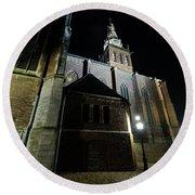 St. Steven's Church In Nijmegen At Night Round Beach Towel