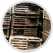 Stacked Traps Round Beach Towel