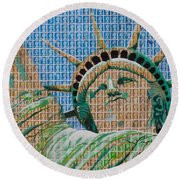 Stampue Of Liberty Round Beach Towel