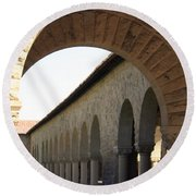 Stanford Memorial Court Arches I Round Beach Towel