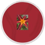 Star Flower Round Beach Towel
