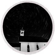 Star Tracks Over Saint Columba Anglican Country Church Round Beach Towel