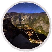 Star Trails At Yosemite Valley Round Beach Towel