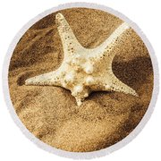 Starfish In Sand Round Beach Towel