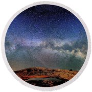 Starry Night Over Mesa Arch Round Beach Towel
