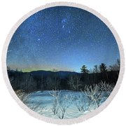 Stars Over The New Hampshire White Mountains Round Beach Towel
