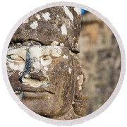 Statue At Angkor Thom Round Beach Towel