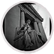 Statue Of Justice At The Courthouse In Memphis Tennessee Round Beach Towel