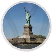 Statue Of Liberty Round Beach Towel