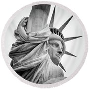 Statue Of Liberty, Lateral Portrait Round Beach Towel
