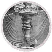 Statue Of Liberty, Paris Round Beach Towel