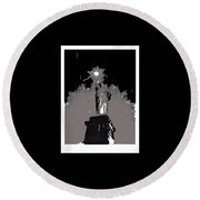 Statue Of Liberty Power Outage 1942-2014 Round Beach Towel
