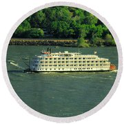 Stern Wheeler On The Columbia River  Round Beach Towel