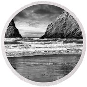 Storm On The Rocks Round Beach Towel