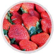 Strawberries 8 X 10 Round Beach Towel