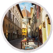Street In Florence Round Beach Towel